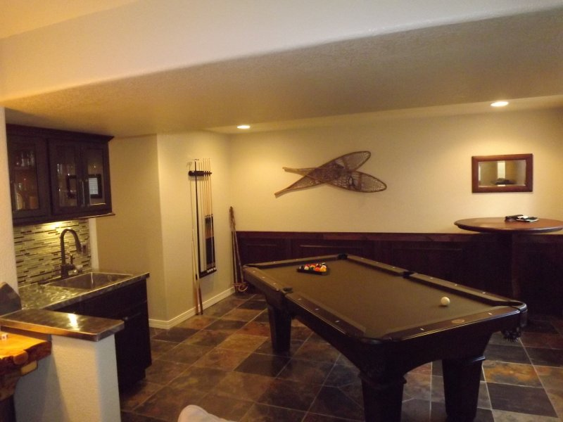 Basement finish with wet bar.