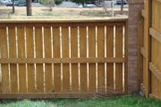 residential-fence-construction-14