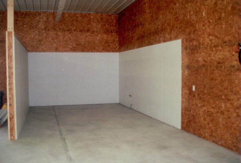 large-shed-construction-interior-01