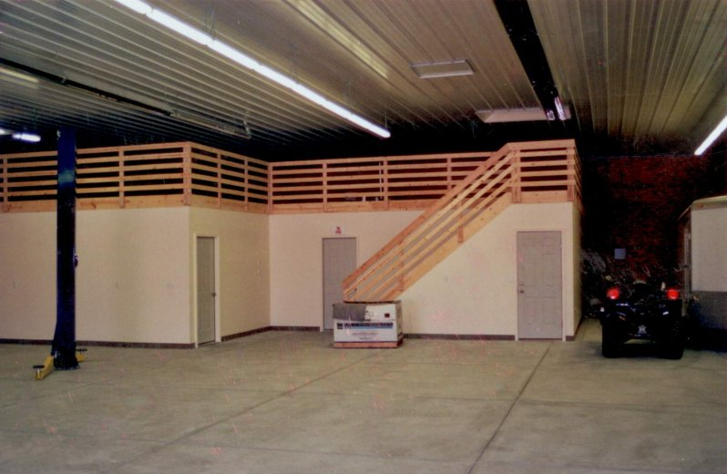 large-shed-construction-interior-04
